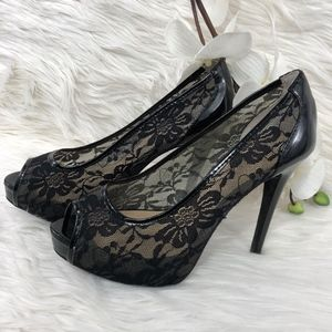 GUESS HIGH HELL PUMPS LACE BLACK SIZE 61/2